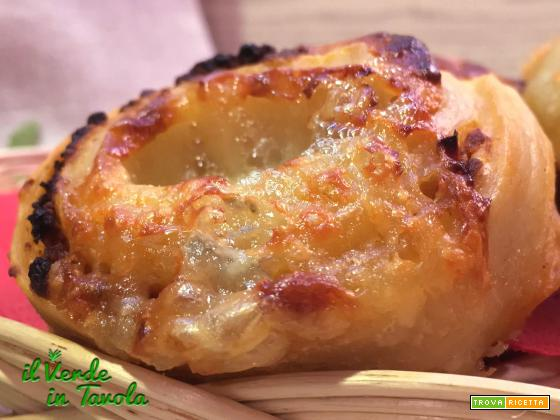 Girandole di pane con mozzarella e gorgonzola – videoricetta