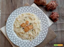 Risotto al topinambur e chips croccanti