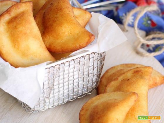 Ravioli di patate fritti