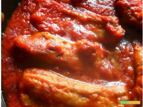 Costine di maiale al sugo piccante