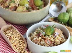 Insalata ai 5 Cereali, Riso Rosso, Cavolini di Bruxelles e Prosciutto croccante