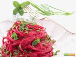 Spaghetti alla Barbabietola e Caprino di Laura Becchis
