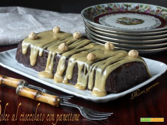 Dolce al cioccolato con panettone