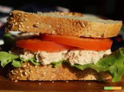 Tuna melt: il sandwich americano col tonno