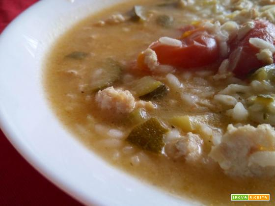 Minestra di riso, zucchine e tacchino