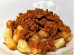FAKE GNOCCHI WITH RAGU'