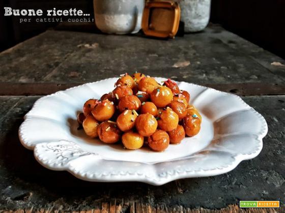 Struffoli napoletani ricetta originale
