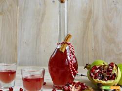 Liquore alla melagrana e cannella , un sorso di bontà