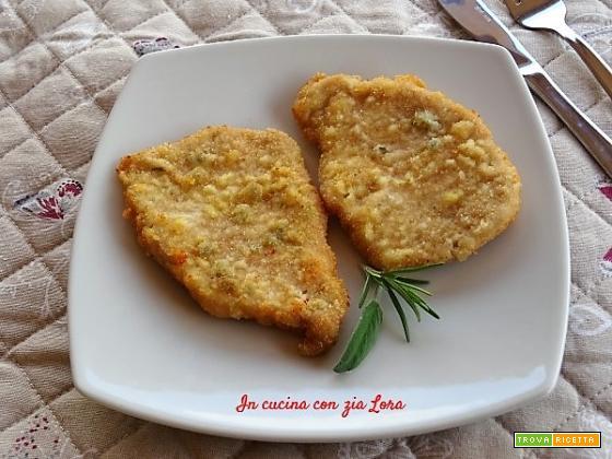 Cotolette di arista di maiale impanate fritte