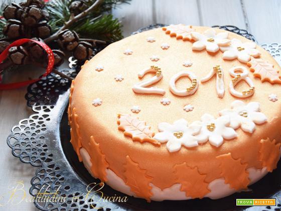 Torta di Capodanno in Pasta di Zucchero