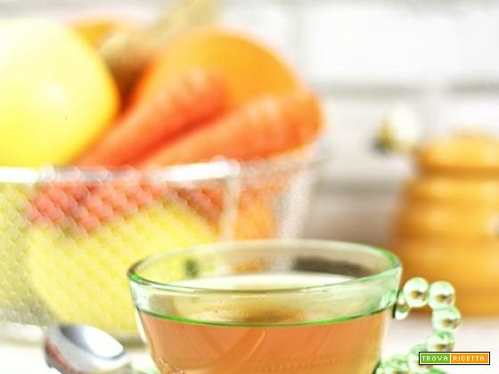 Tisana mela, arancia, carota e zenzero