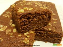 Torta al olio, con zucca, cacao e noci