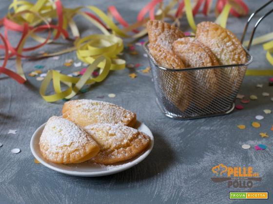 Ravioli di Carnevale ripieni alla nutella