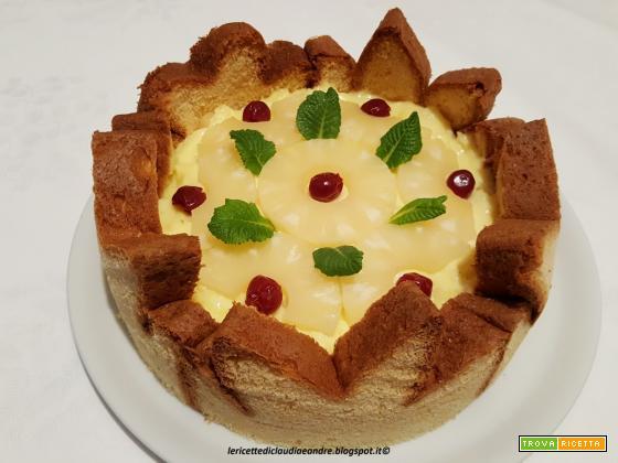 Torta di pandoro con crema al ananas che doveva essere una charlotte, ricetta di riciclo