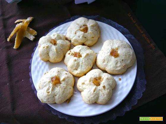 Biscotti di pasta frolla montata senza glutine