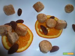 Biscotti di mandorle all'arancia