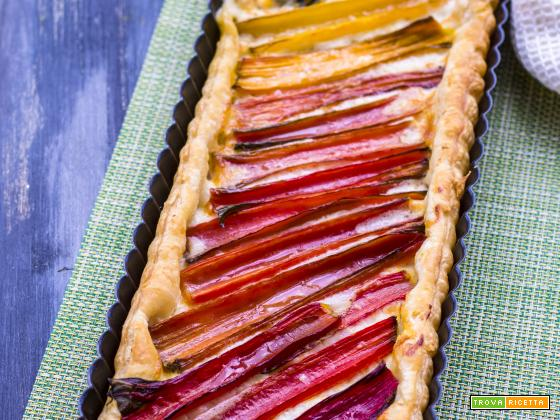 Crostata rustica di coste bietole colorate e stracchino