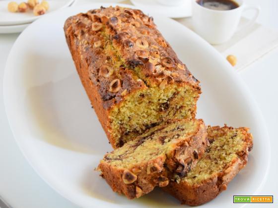 Plumcake con farina di mais e nocciole