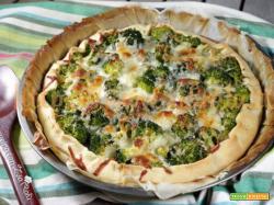 Torta salata rustica broccoli e tonno