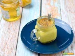 Golden Milk – ricetta latte d'oro alla curcuma