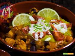 Riso e pollo alla Messicana con guacamole, enchilada e tortillas di mais – I Menù del SorRISO