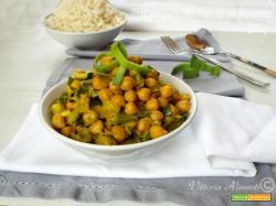 Ceci al curry con porro-contorno veloce