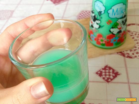 Liquore latte e menta