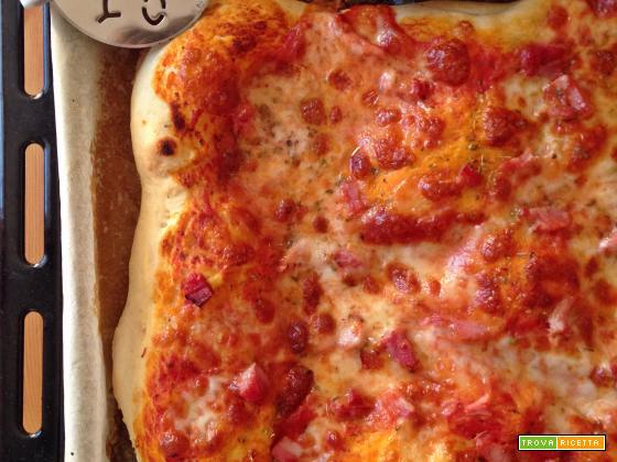 Pizza alta a lievitazione veloce