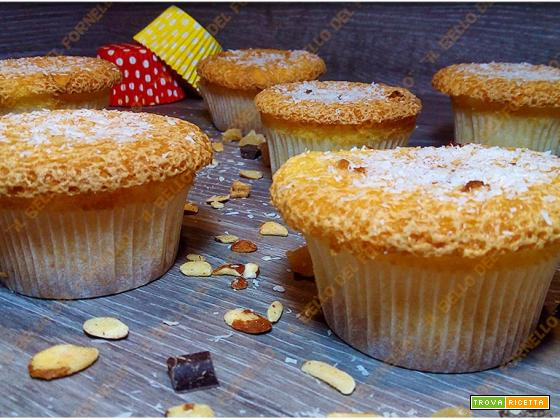 Muffin dolci al cocco senza burro senza bilancia