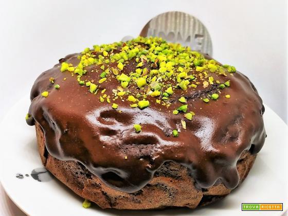 CIOCCO&RASPBERRIES CAKE WITH PISTACCHIO GRAIN