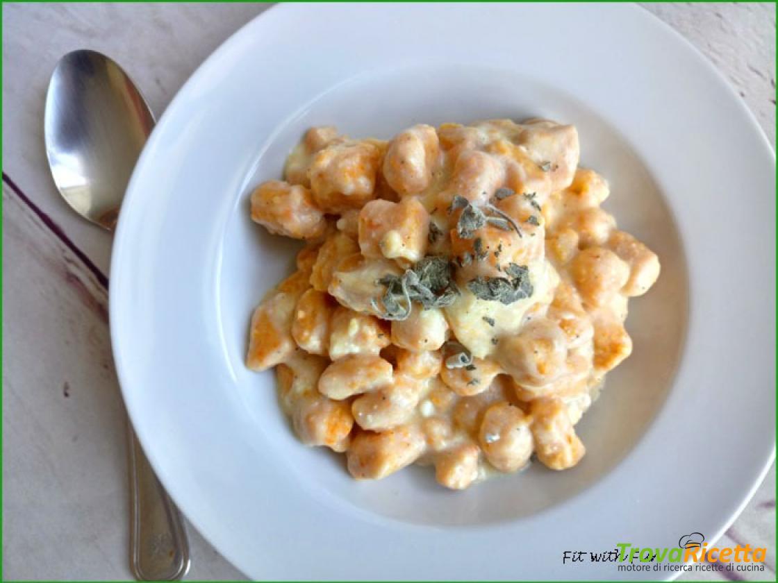 Ricetta Gnocchi Con I Fiocchi Di Patate.Gnocchi Di Zucca E Fiocchi Di Patate Ai 4 Formaggi Ricetta Trovaricetta Com