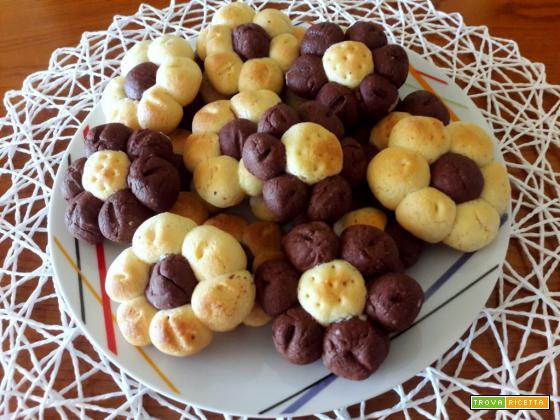 Bouquet di biscotti bicolore