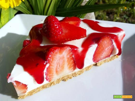Cheescake light alle fragole, una fetta di freschezza!