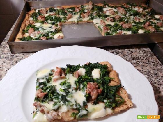 Pizza di farina integrale, ricca di fibre!_