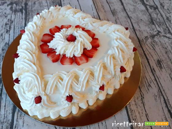 Torta con crema pasticcera