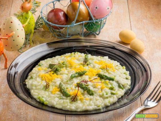 Risotto con asparagi e uovo marinato: tra modernità e gusto