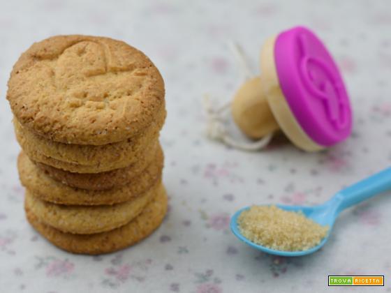 Biscotti integrali al farro (senza uova)