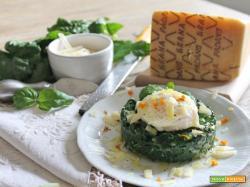 Uova in camicia su tortino di spinaci e Grana Padano DOP