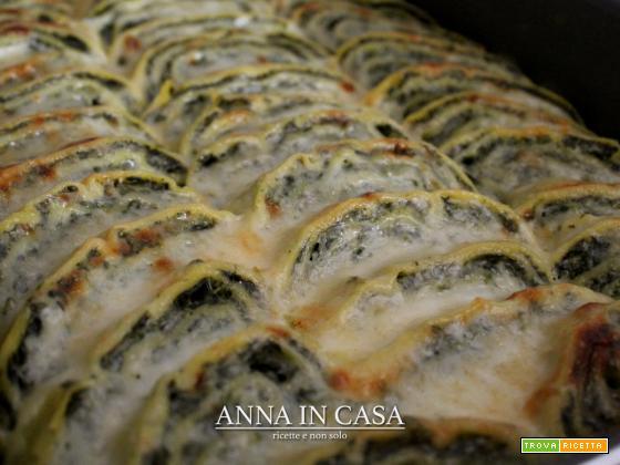 Rotolo di crêpes spinaci e ricotta