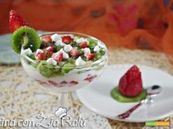 Coppette allo yogurt greco senza zuccheri aggiunti