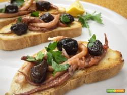 Bruschette di pesce, ricetta di riciclo