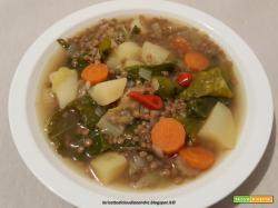 Zuppa di lenticchie con cavolo riccio e patate