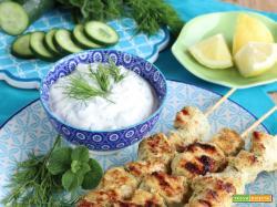 Souvlaki di Pollo con Salsa Tzatziki