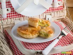 Tortini salati con asparagi : deliziosi e ideali per una scampagnata