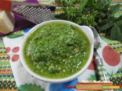 Pesto alle ramoracce e nocciole