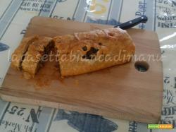 Rotolo di Pasta Sfoglia con Verdure e Salsiccia