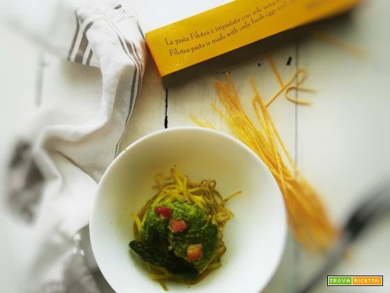 Linguine al pesto di piselli e asparagi