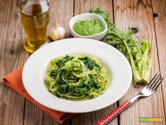 Una ricetta semplice e gustosissima? Spaghetti al pesto di cime di rapa!