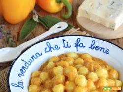 Gnocchetti con Peperoni e Gorgonzola