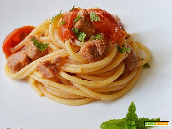 Spaghetti tonno pomodorini menta